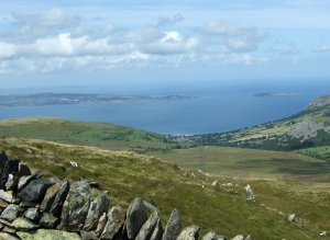 Looking down on Llanfairfechan & across to Anglesey and Puffin island, 5 Aug 2009